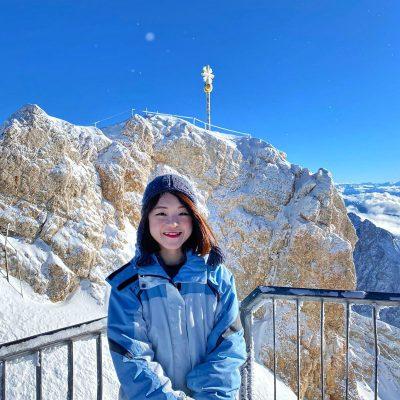 Chuyến đi lên núi tuyết Zugspitze, Đức